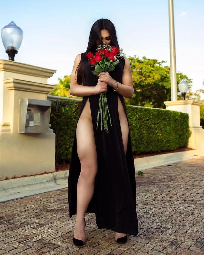 她66cm的大粗腿能让男人舔屏,但女人看了却说不想练成这样!
